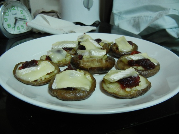Brie and Cranberry Mushrooms 006
