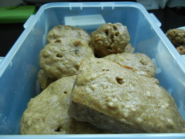 Banana Walnut Cinnamon Muffin 002