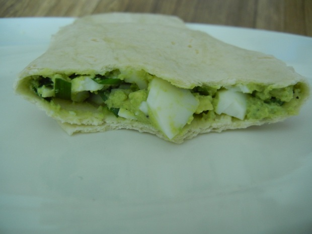 Avacado and Egg Wrap 006